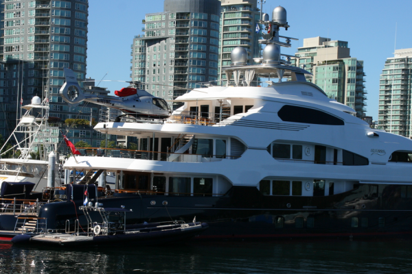superyacht vancouver bc coal harbour