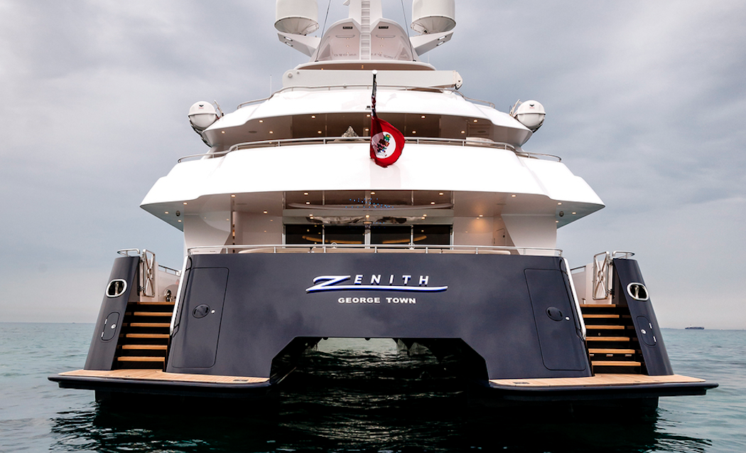 superyacht zenith sabre catamaran