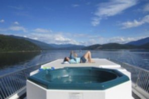 Luxury Houseboat Rentals in BC
