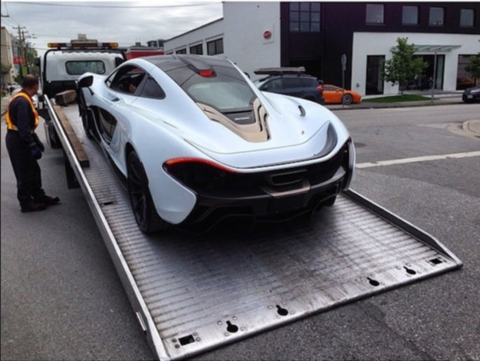 McLaren P1 Spotted In Vancouver