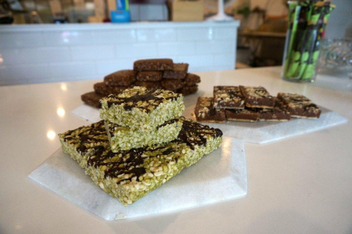 Eightfold Eats snacks at Commodity Juicery